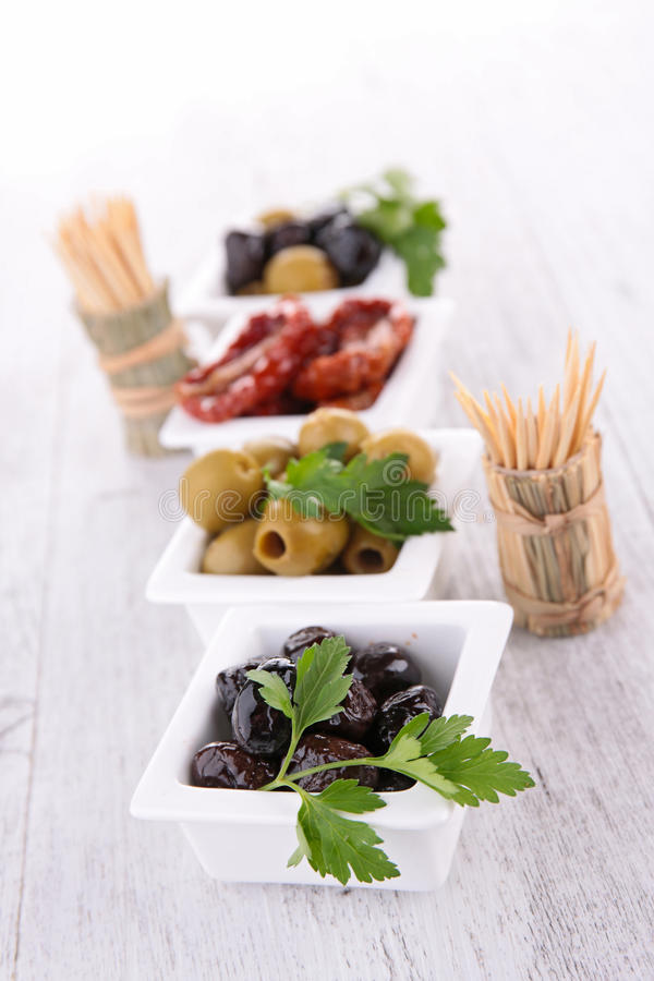 Zusammenstellung von Oliven stockbilder