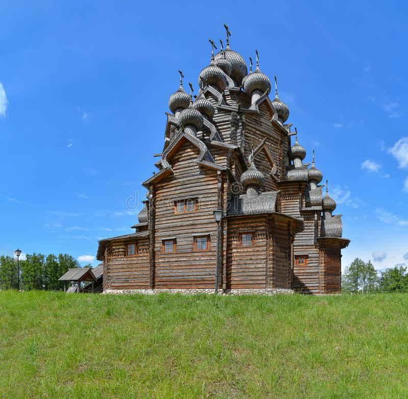 Zustand des Theologe ?- ethnopark in Vsevolozhsk-Bezirk von Leningrad-Region, stockbilder