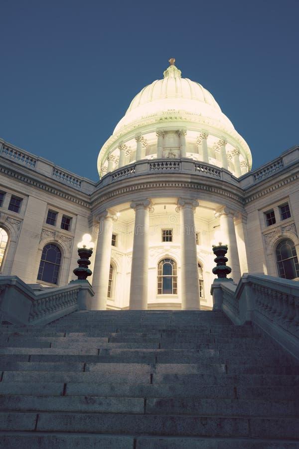Zustand-Kapitol-Gebäude in Madison, Wisconsin lizenzfreie stockfotos