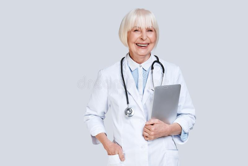 Zuverlässiger Kardiologe stockfotos