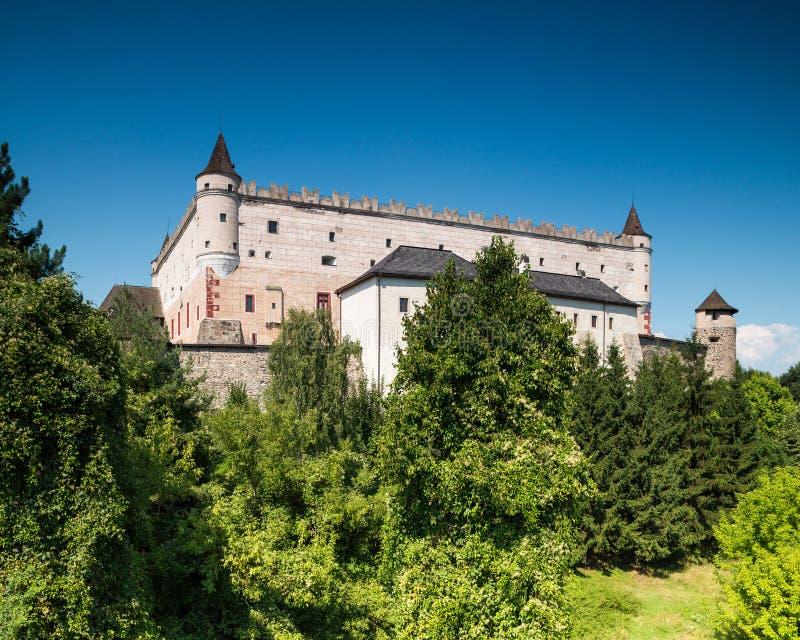 Zvolen, Eslov?quia 6 DE AGOSTO DE 2015 Zamok de Zvolensky do castelo de Zvolen foto de stock royalty free