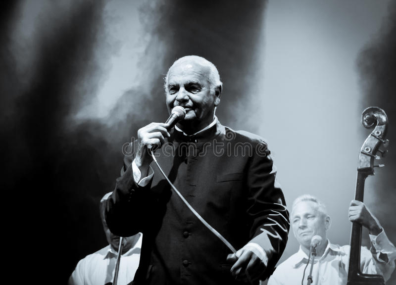 Zvonko Bogdan koncert w Ruma Serbia obraz stock