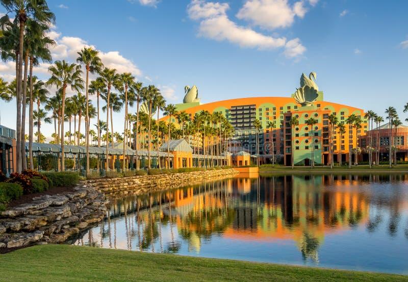 Zwaan en Dolfijnhotel, Disney-Wereld stock foto's