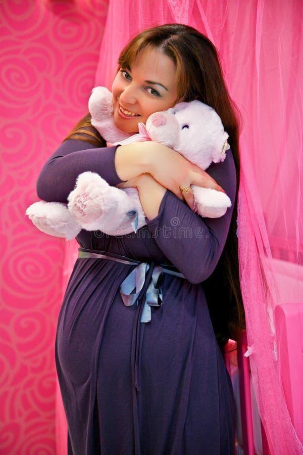 Zwanger meisje royalty-vrije stock afbeeldingen