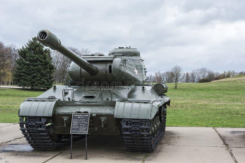 Zware tank -2 van herdenkings complexe Kurgan Slavy Minsk, Belar royalty-vrije stock fotografie
