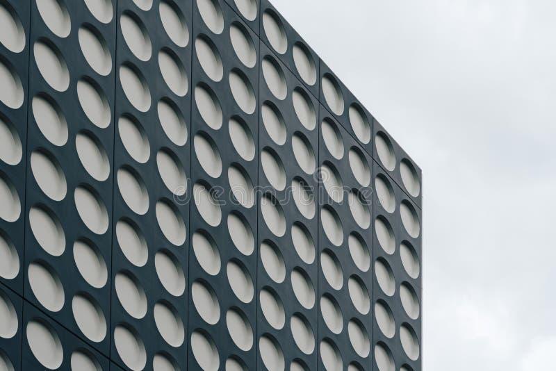 Zwart-wit doted moderne architectuur royalty-vrije stock foto