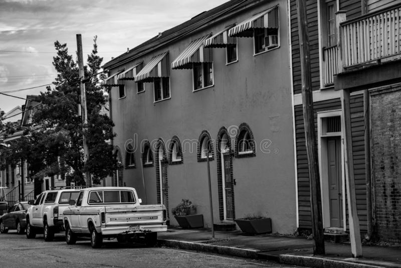 Zwart-wit huis in Treme (NOLA stock foto's