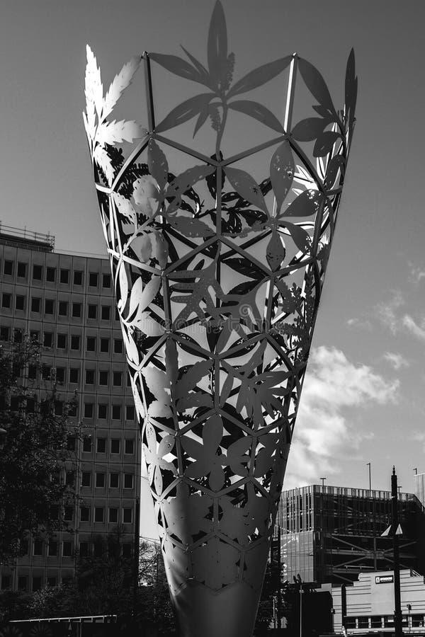 Zwart-wit kegelstandbeeld stock foto