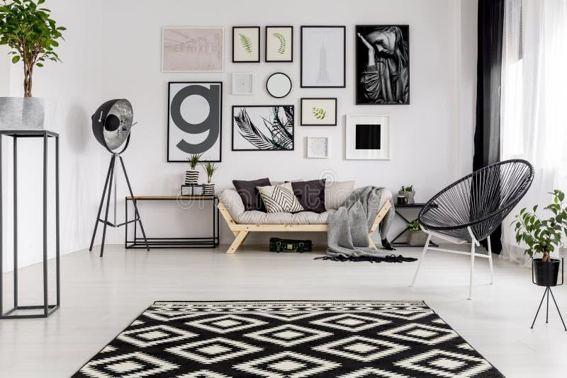 Zwart-wit modern binnenland stock afbeelding