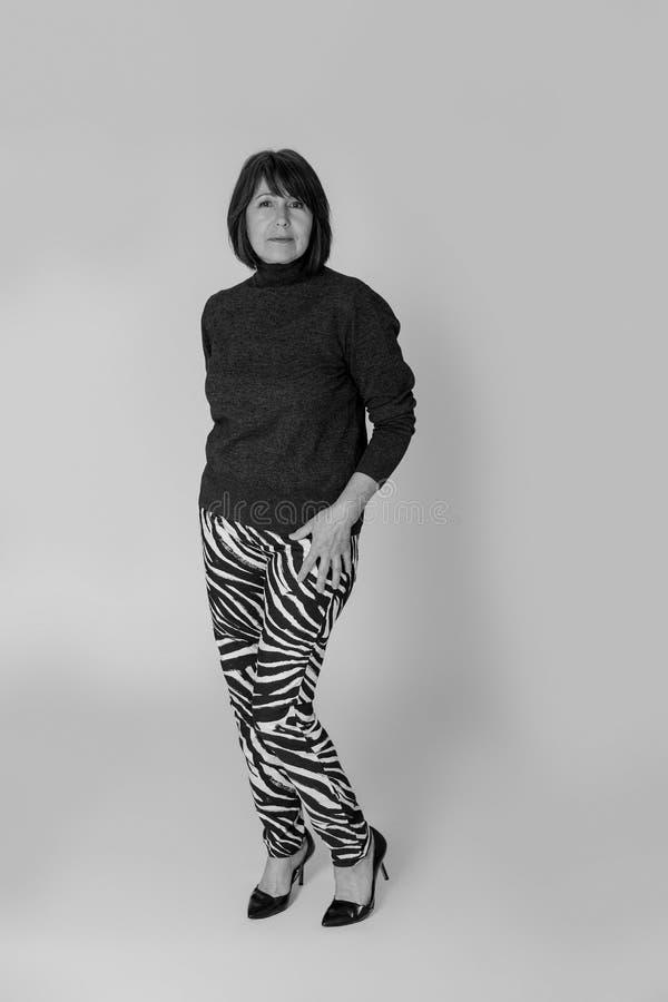 Zwart-wit portret Moed en dorst voor het leven op om het even welke tijd stock foto's