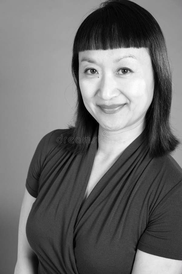 Zwart-wit Portret van een Aziatische Vrouw stock afbeeldingen