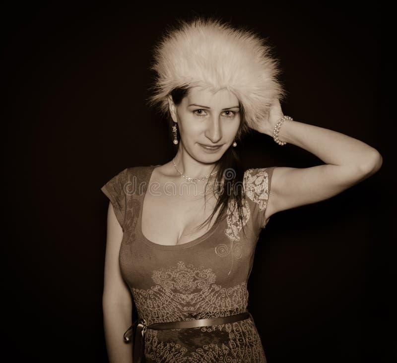 Zwart-wit portret van sensuele vrouw stock afbeelding