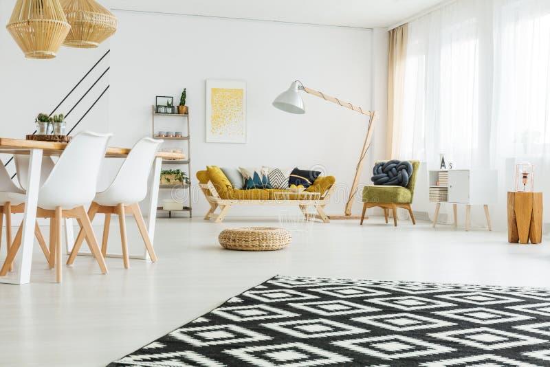 Zwart-wit tapijt royalty-vrije stock afbeelding