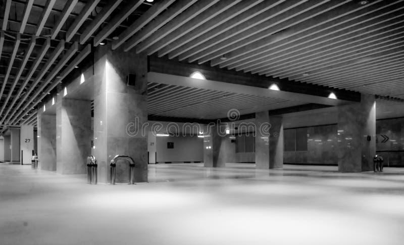 Zwart-witte binnenruimte in de Stad Korea van Seoel stock fotografie