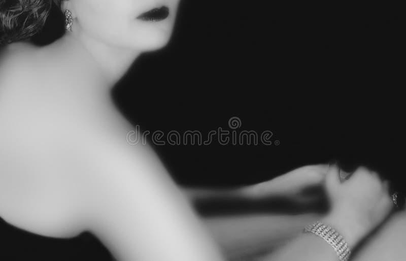 Zwart-witte de film noir blik van de vrouw stock afbeeldingen