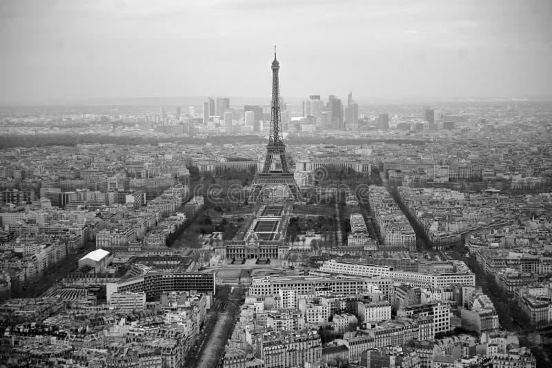 Zwart-witte foto van luchtmening Parijs, Frankrijk stock foto's