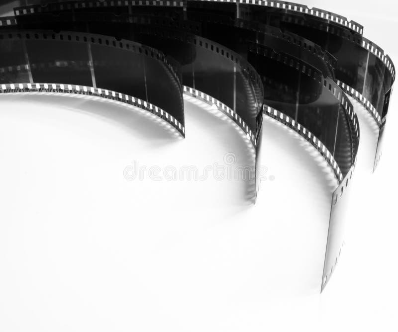 Zwart-witte foto van oude negatieven op een witte achtergrond stock foto's
