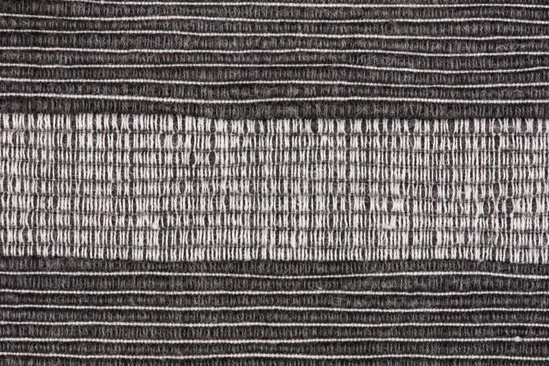 Zwart-witte gestreepte stoffenachtergrond stock fotografie