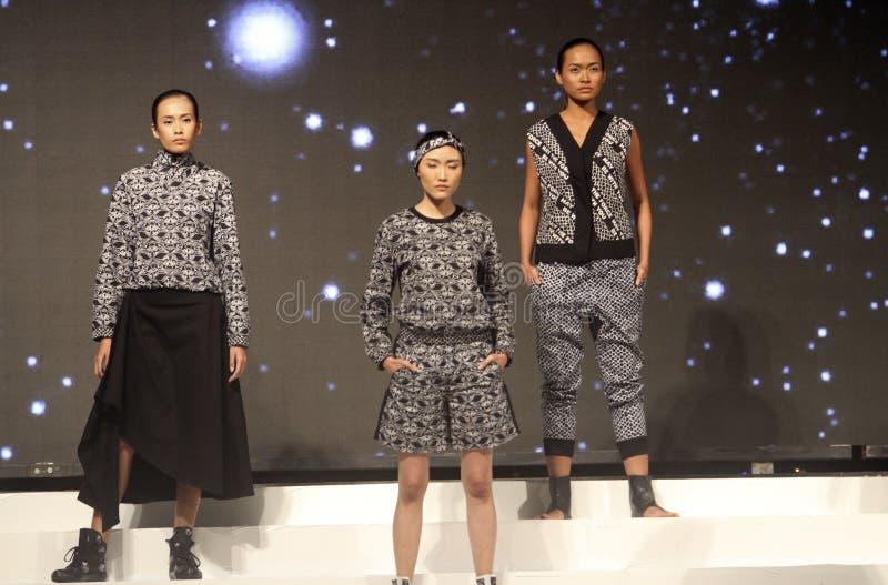 Zwart-witte kleren royalty-vrije stock foto's