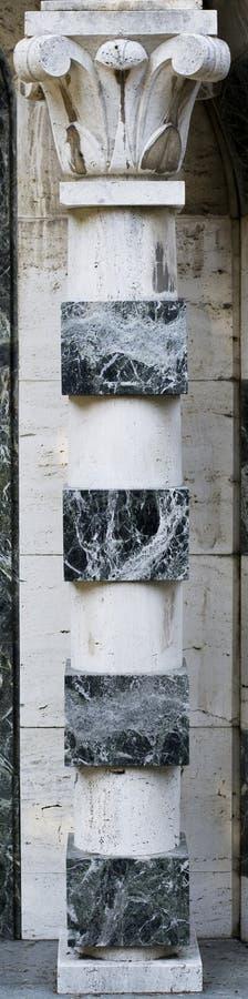 Download Zwart-witte Marmeren Kolom stock foto. Afbeelding bestaande uit zwart - 39112438