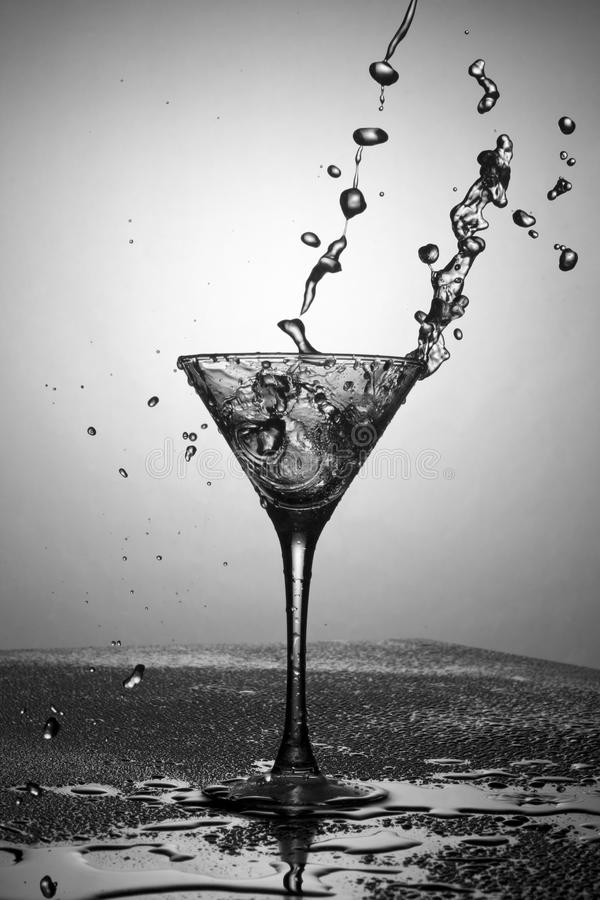 Zwart-witte martini royalty-vrije stock afbeelding