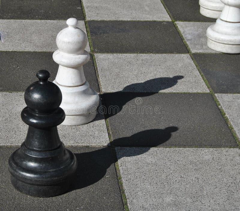 Zwart-witte schaakpanden royalty-vrije stock afbeelding
