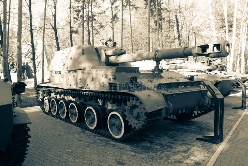 Zwart-witte tank royalty-vrije stock afbeelding