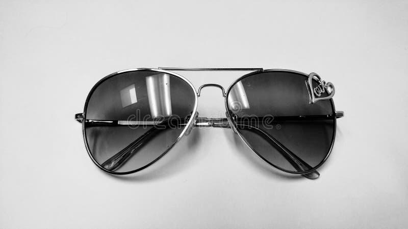 Zwart-witte zonnebril stock foto's