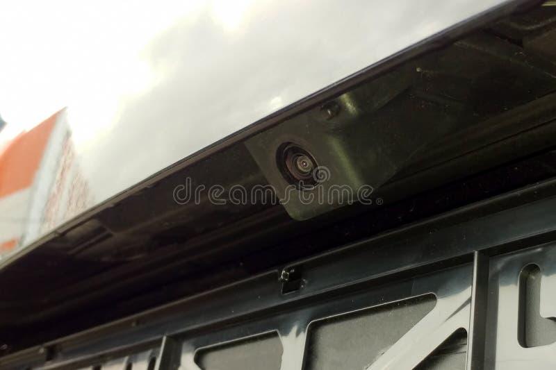 Zwarte achtermeningscamera met wasmachine op een auto Sluit omhoog royalty-vrije stock foto's