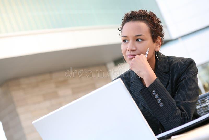 Zwarte BedrijfsVrouw stock afbeelding