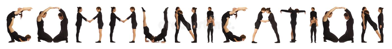 Zwarte geklede mensen die COMMUNICATIE woord vormen stock afbeeldingen