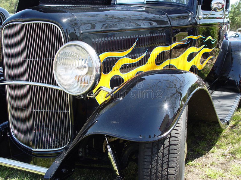 Zwarte Hotrod Royalty-vrije Stock Afbeeldingen