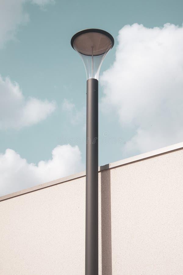 Zwarte lamppost stock fotografie