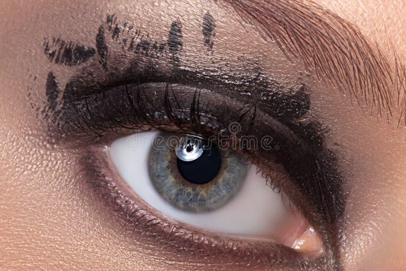 Zwarte oogmake-up stock afbeeldingen