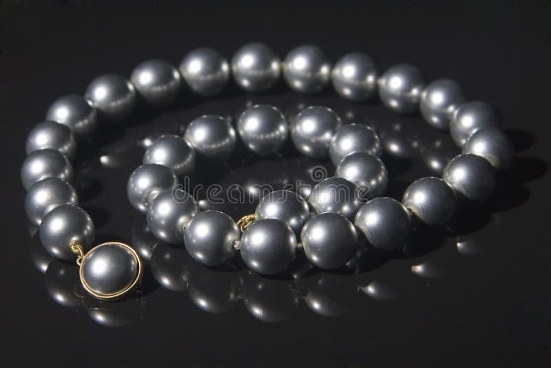 Zwarte parelshalsband royalty-vrije stock foto