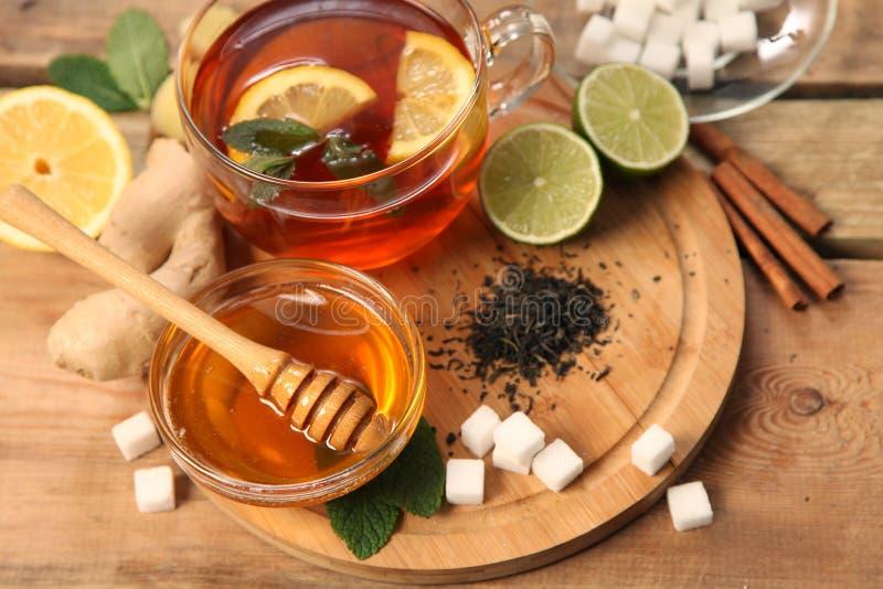 Zwarte thee stock afbeelding