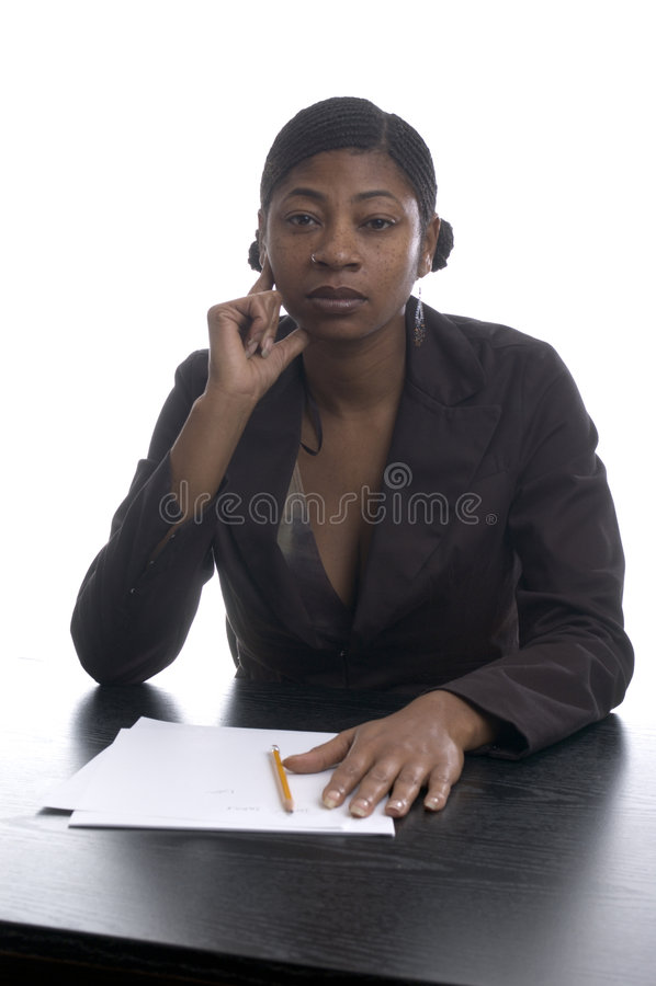 Zwarte vrouwelijke stafmedewerker stock foto