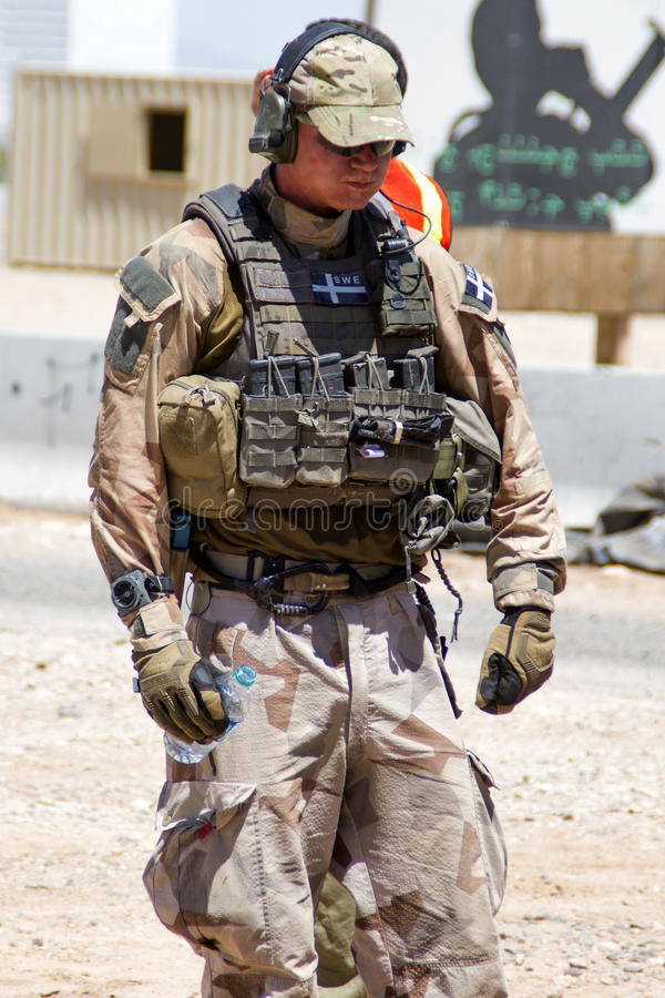 Zweeds Soldeersel bij U S Militaire Redding Opleiding stock foto