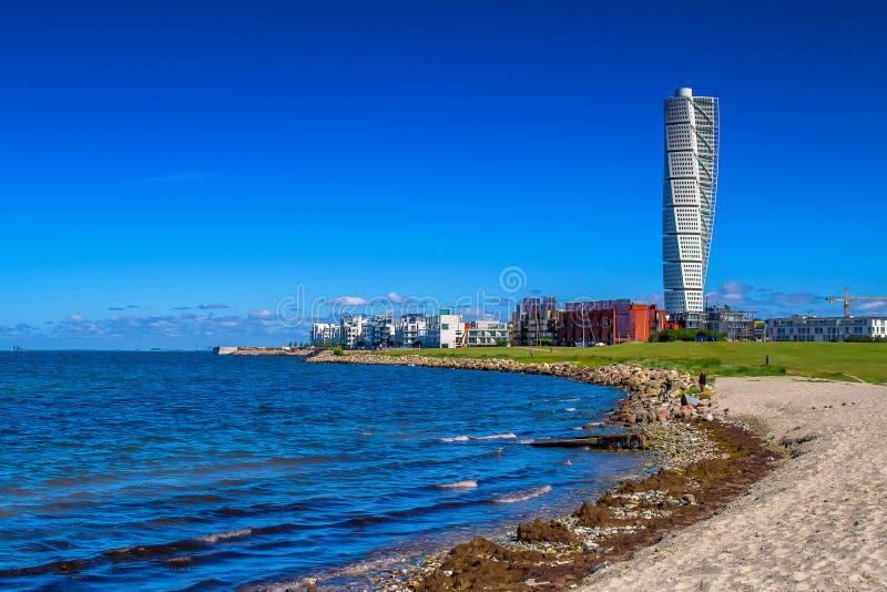 Zweedse Malmo het Gebiedscityscape van de het Westenhaven met het Draaien van Torso stock afbeelding
