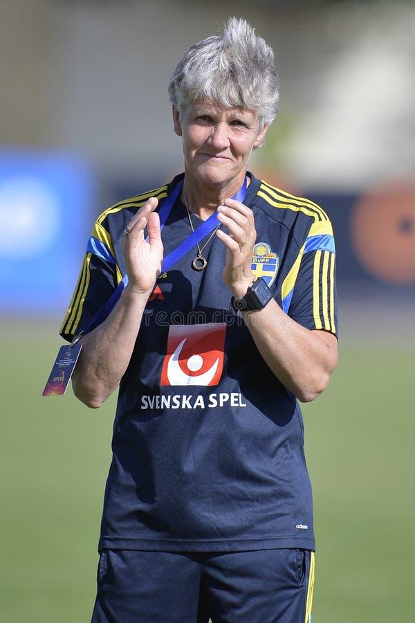 Zweedse vrouwelijke voetbalbus - Pia Sundhage stock foto