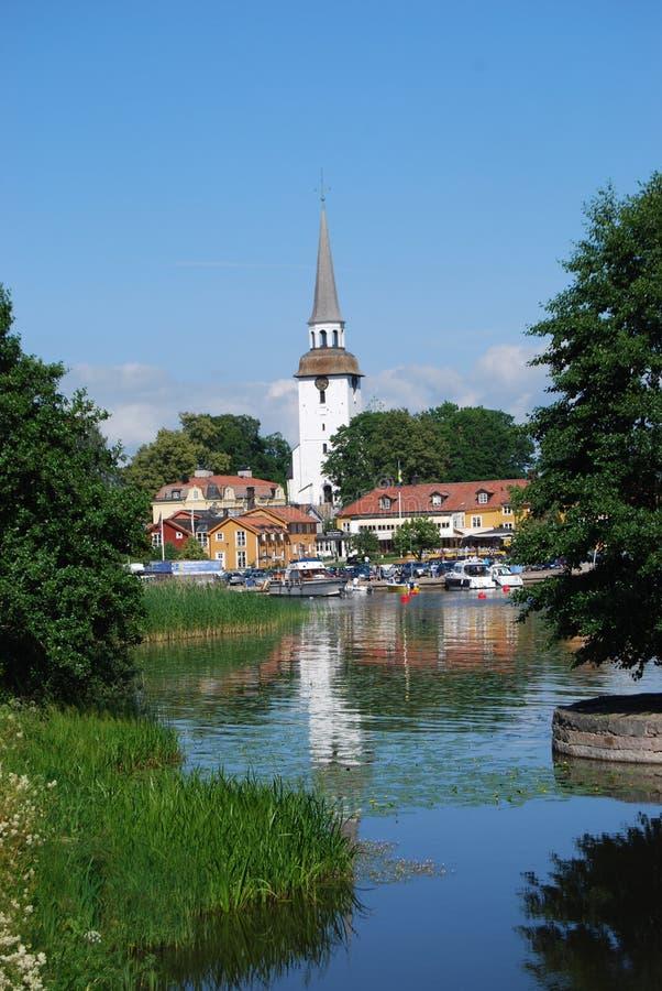 Zweedse waterkantstad stock fotografie