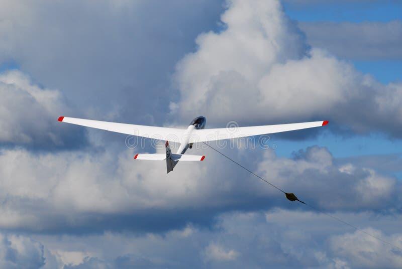 Zweefvliegtuig in de hemel stock foto's