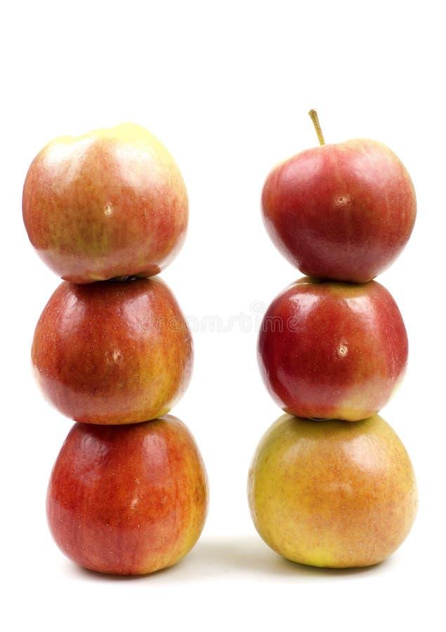 Zwei Apfel - Kontrollturm lizenzfreies stockfoto
