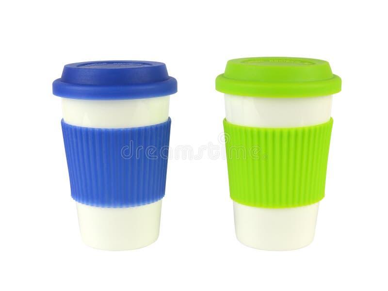 Zwei Behälter für heiße Getränke stockbild