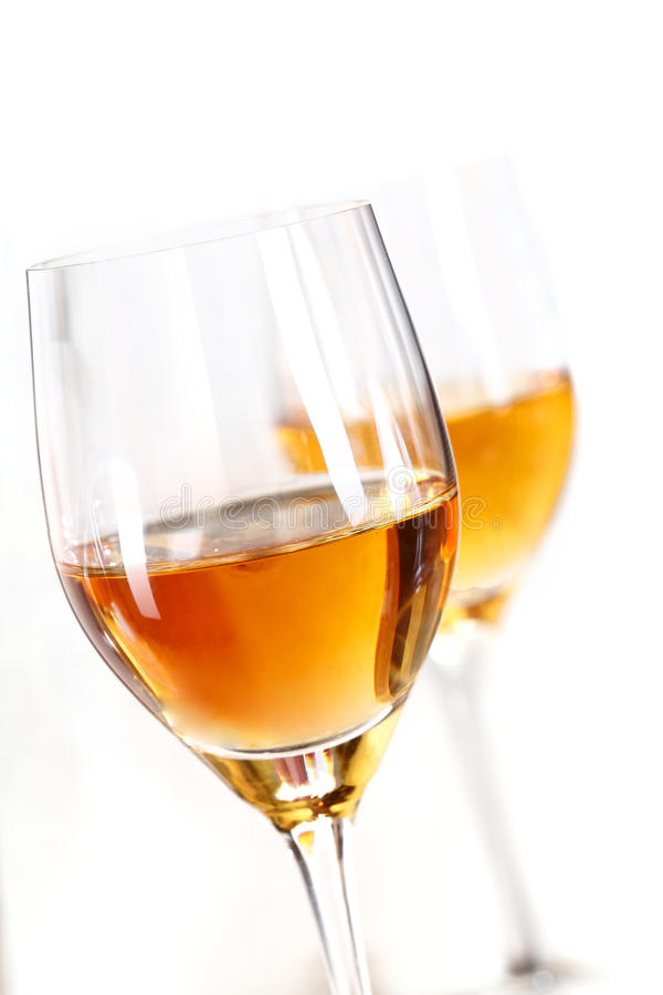 Zwei Gläser Sherry lizenzfreies stockbild