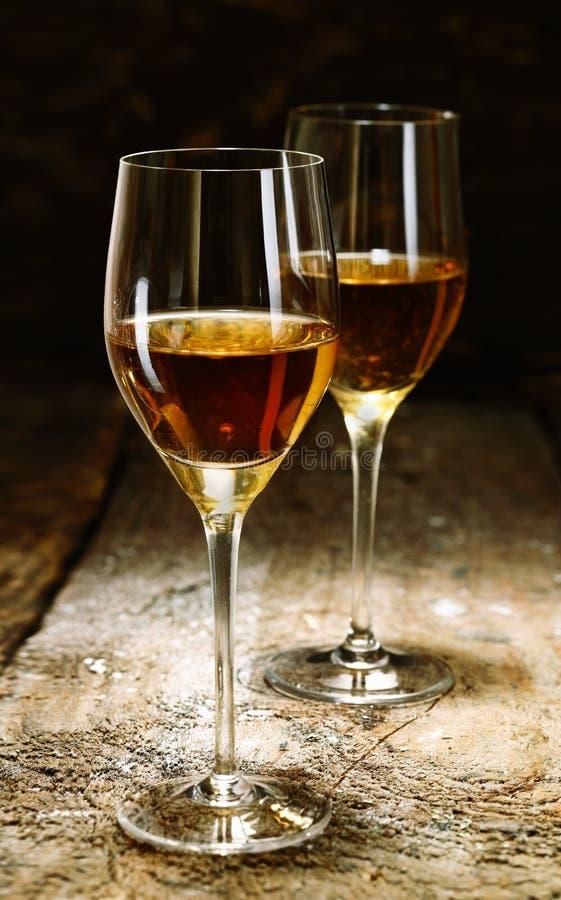 Zwei Gläser Sherry lizenzfreie stockfotografie