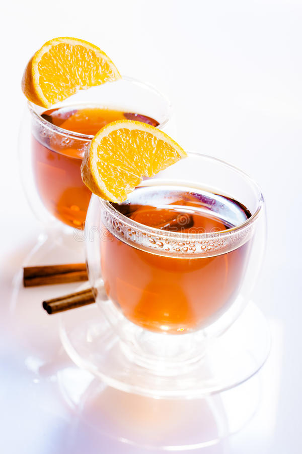 Zwei Gläser Tee lizenzfreies stockbild