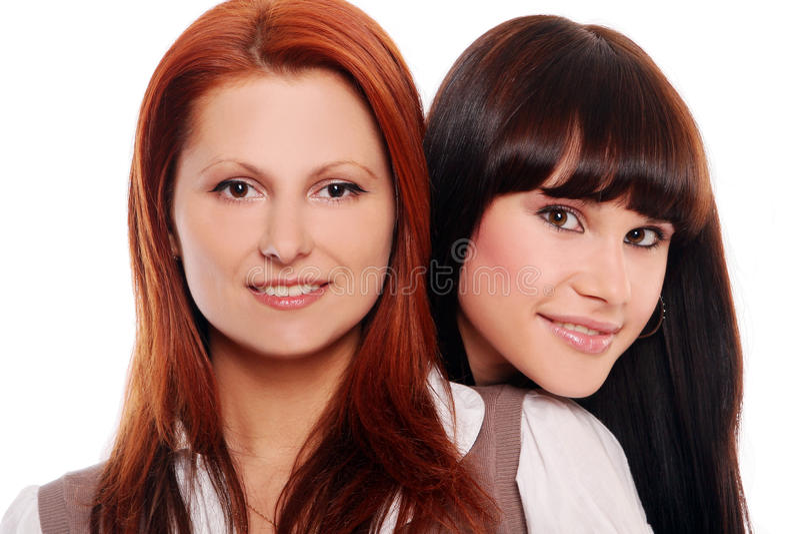 Zwei jung und schöne Schwestern lizenzfreie stockfotografie