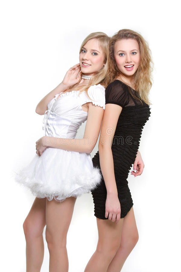Zwei junge reizvolle Mädchen stockfotos