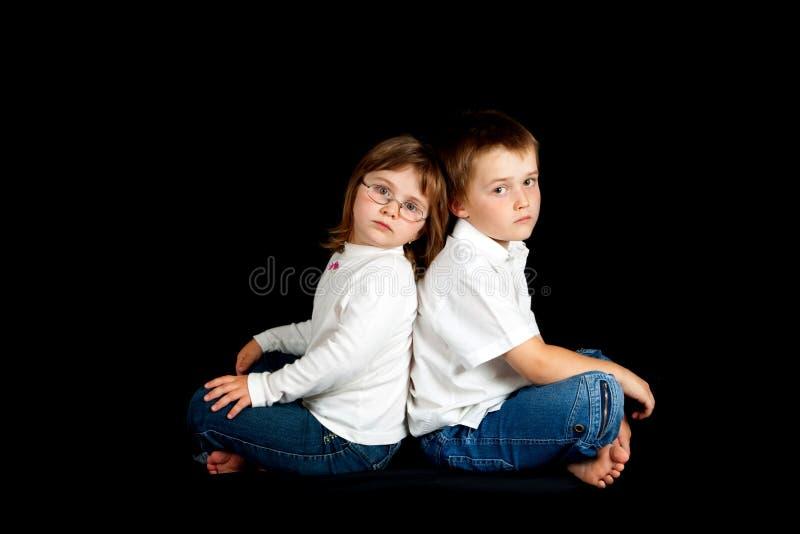 Zwei Kinder lizenzfreie stockfotos